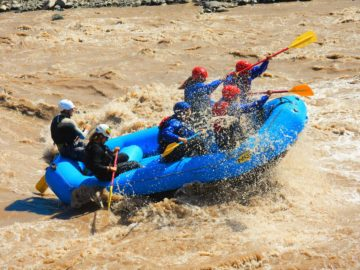 Rafting & Typical Lunch in the Andes – Full day